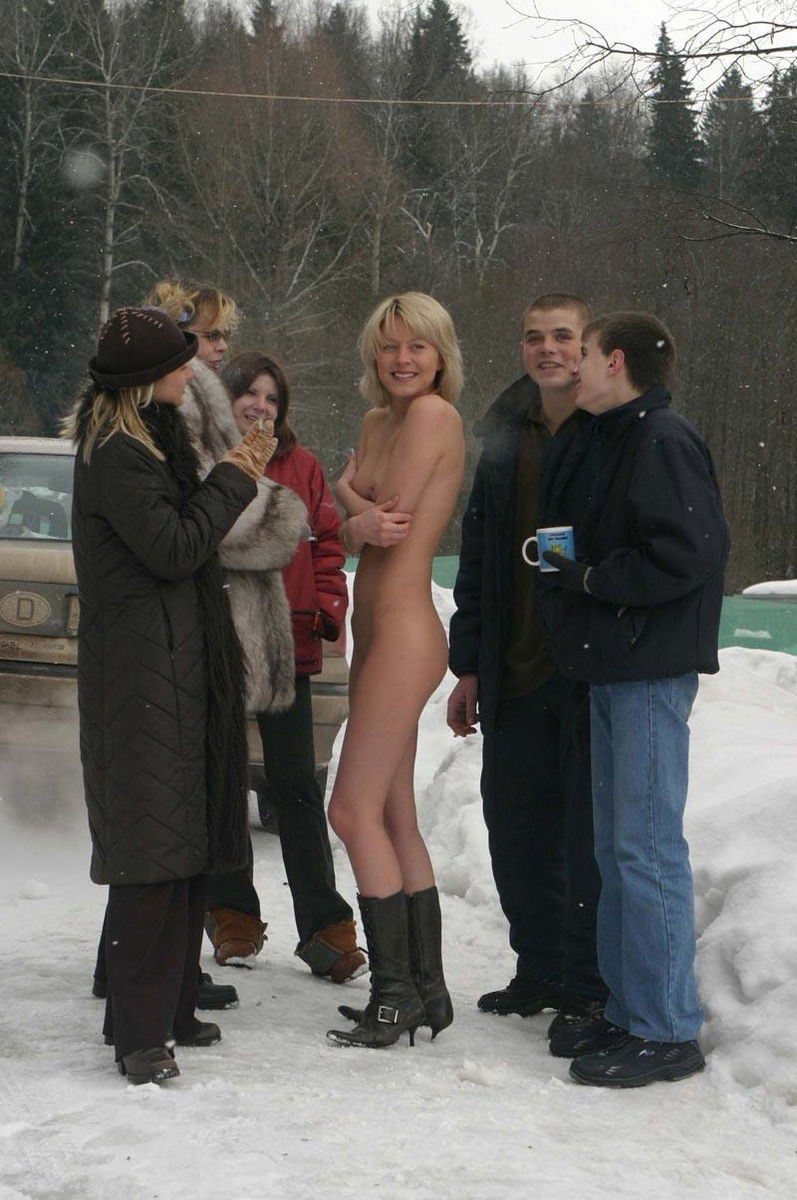 Naked Blonde Plays Snowballs With Her Friends At Winter -4609