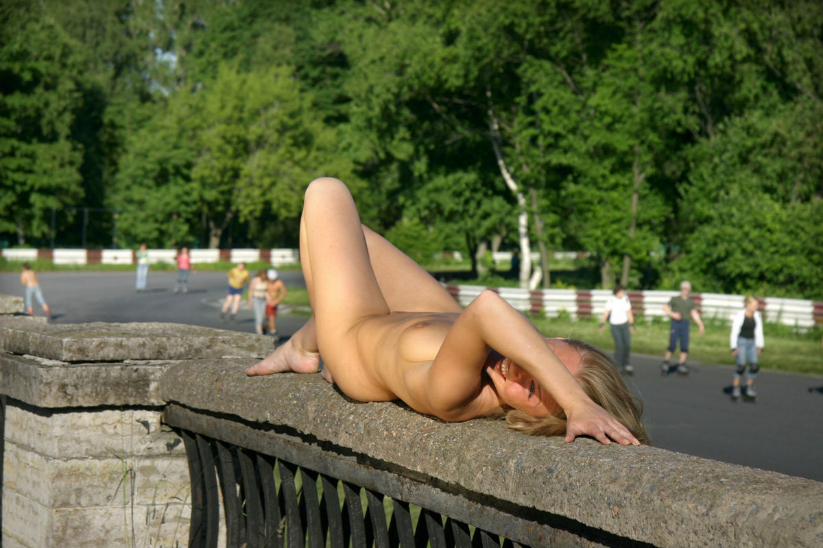 Naked Blonde With Awesome Boobs Ride Bicycle At Public -9413
