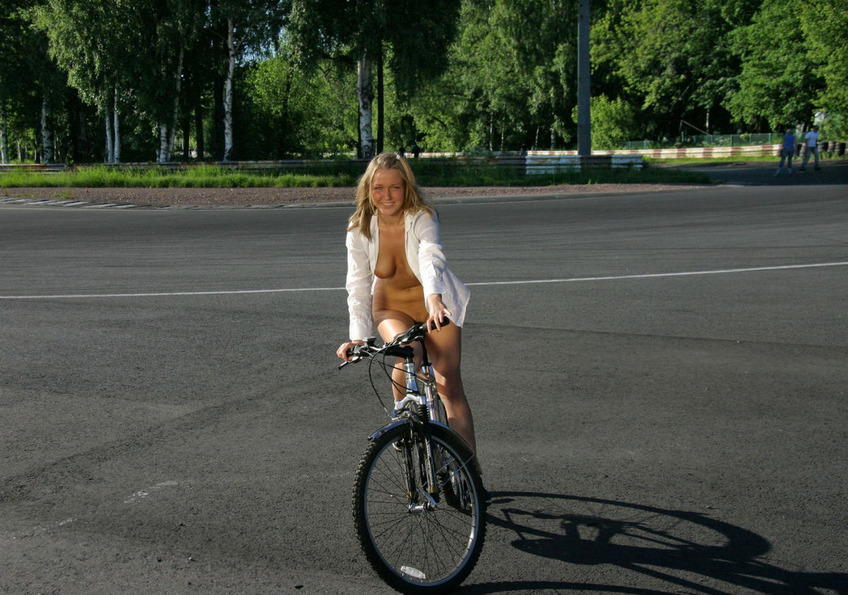 Naked Blonde With Awesome Boobs Ride Bicycle At Public -2756