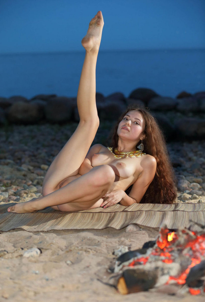 Porno On The Beach