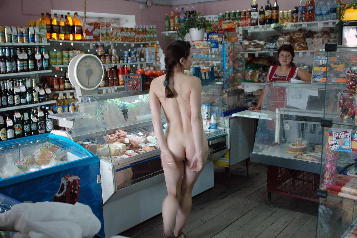 Продавца в магазине порно 14 фотография