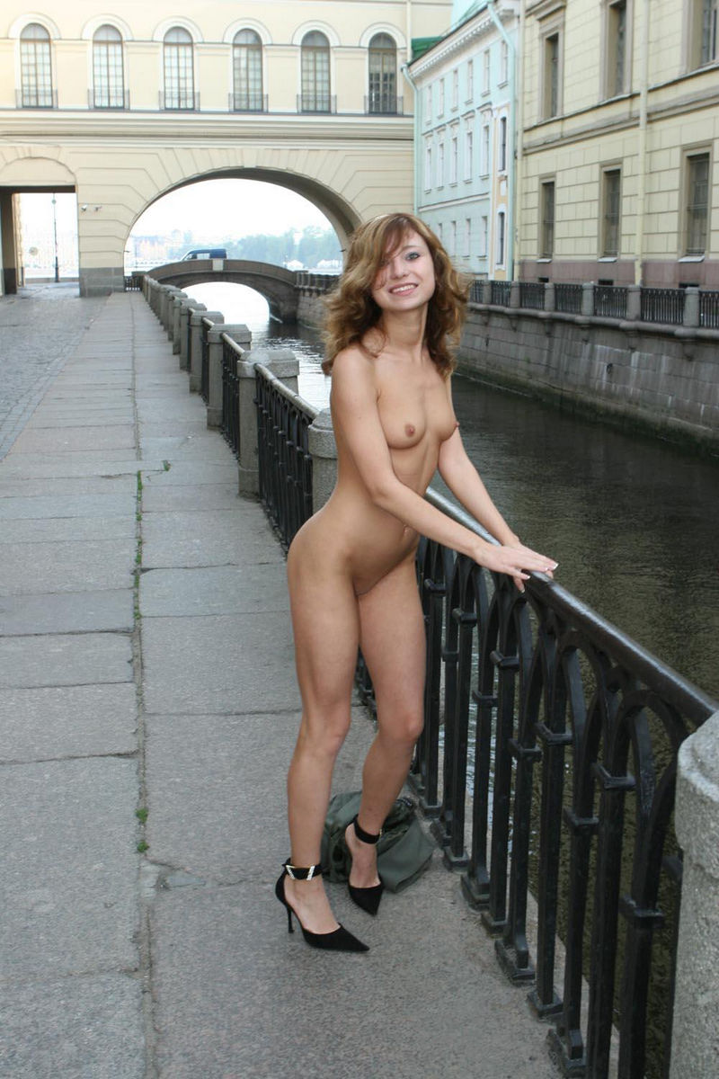 india naked hairy girls