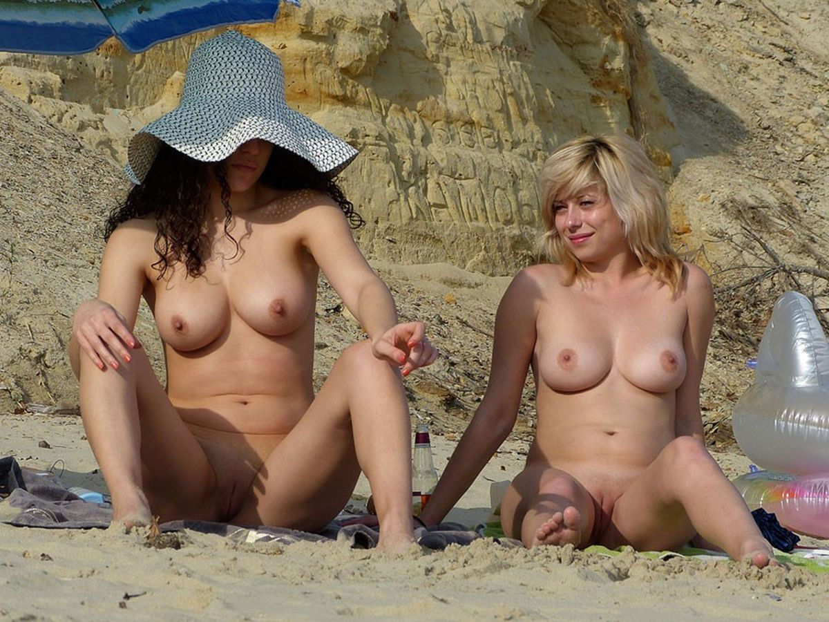 Suis Busty beach women
