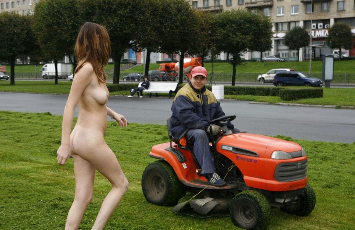 naked milf insertion sex selfies