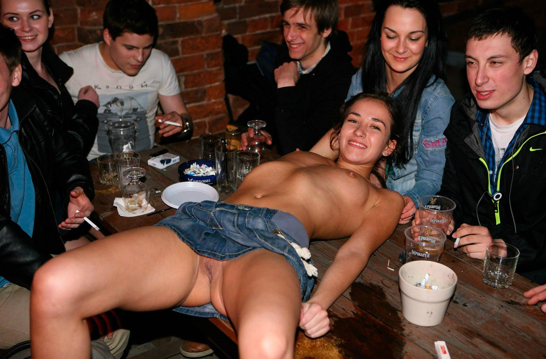 Crazy russians публичное порно
