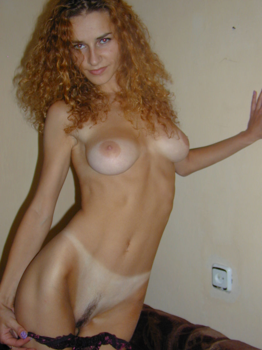 Curly Amateur Blonde With Skinny Body And Big Boobs -7003