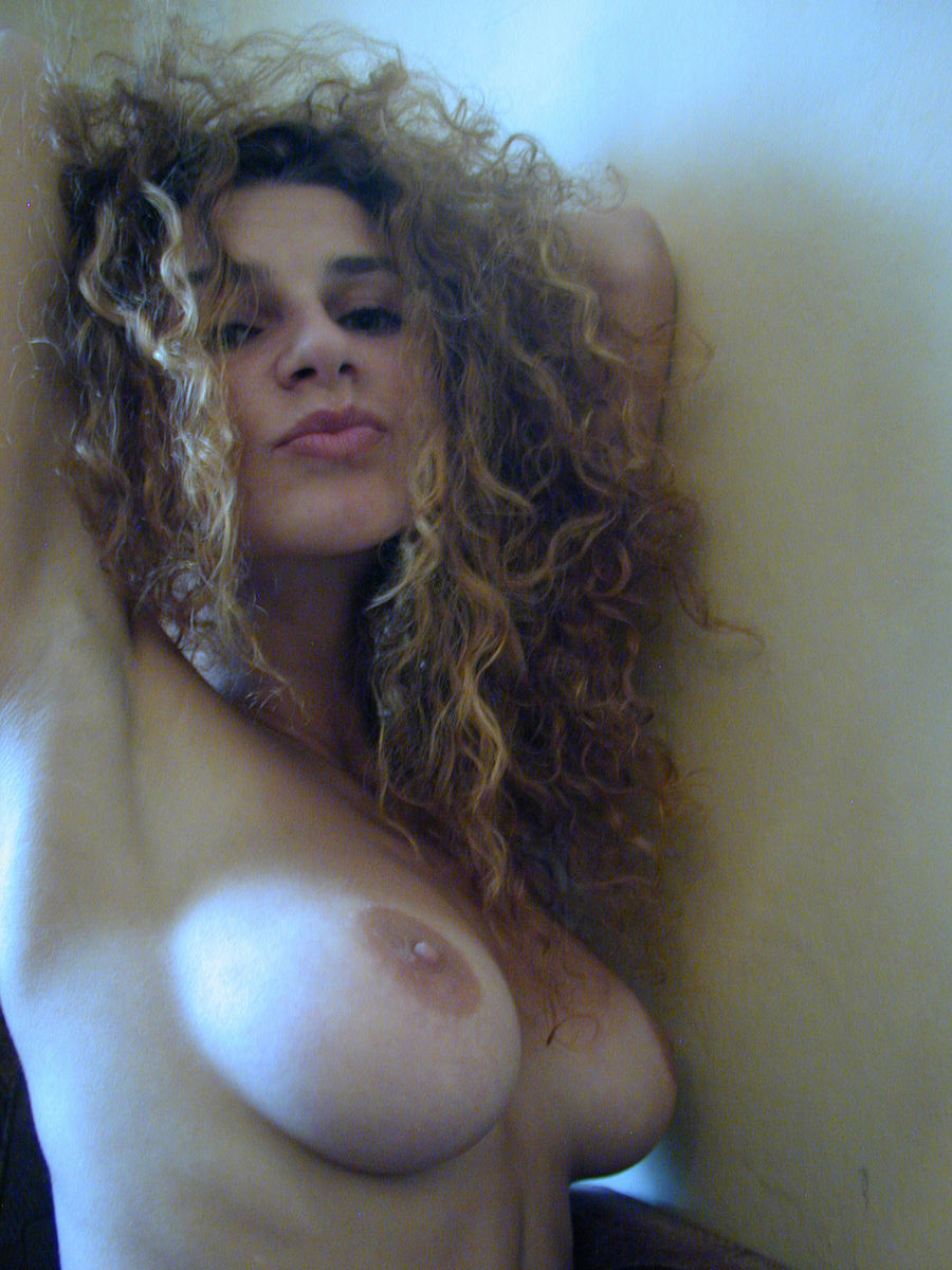 Nude girls with curly hair blowjobs