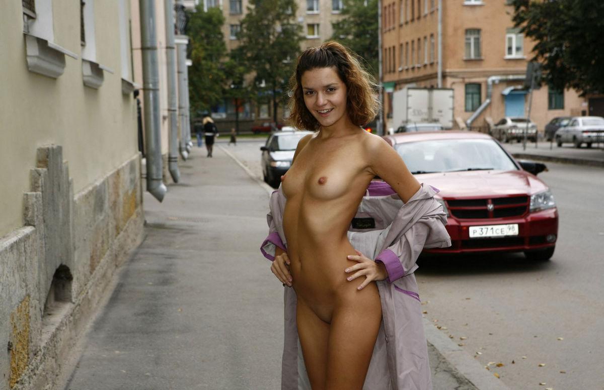 nude girl street racers