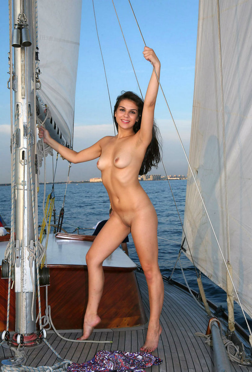 Lovely Brunette Posing Absolutely Naked On Boat  Russian -2456