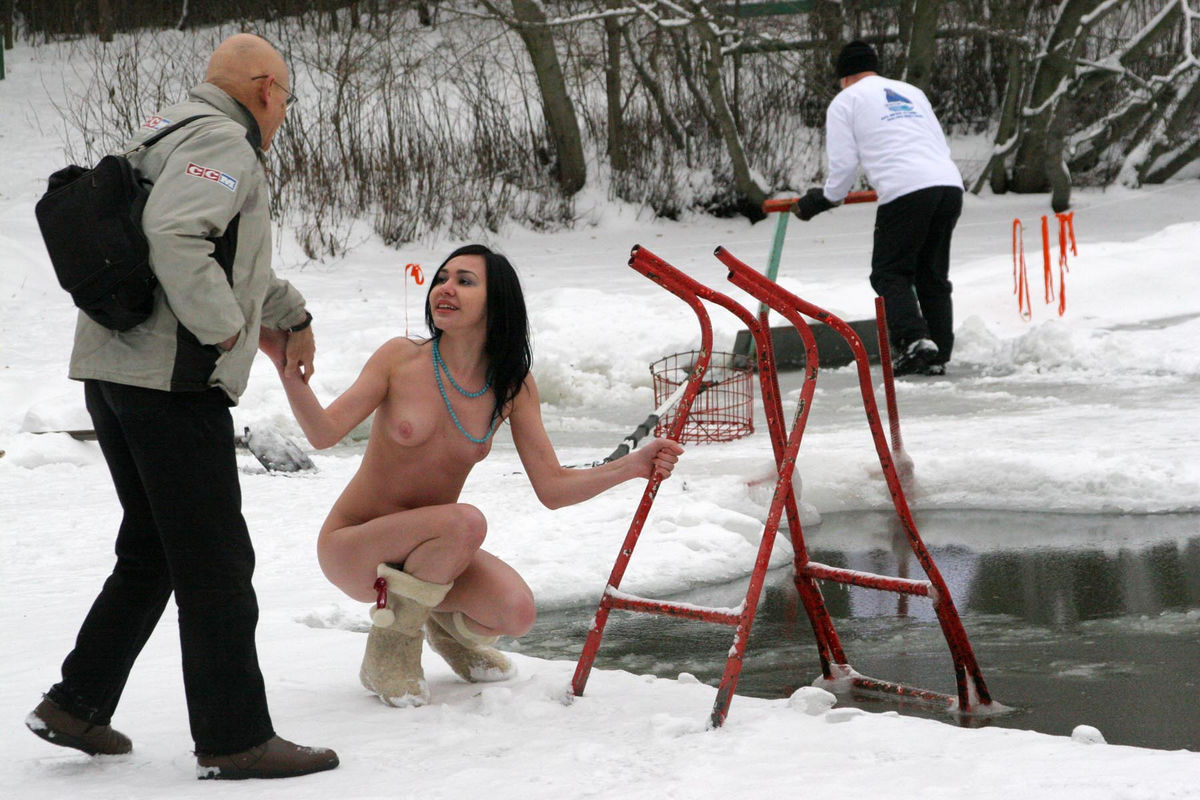Naked chicks on ice, filippino porn galleries