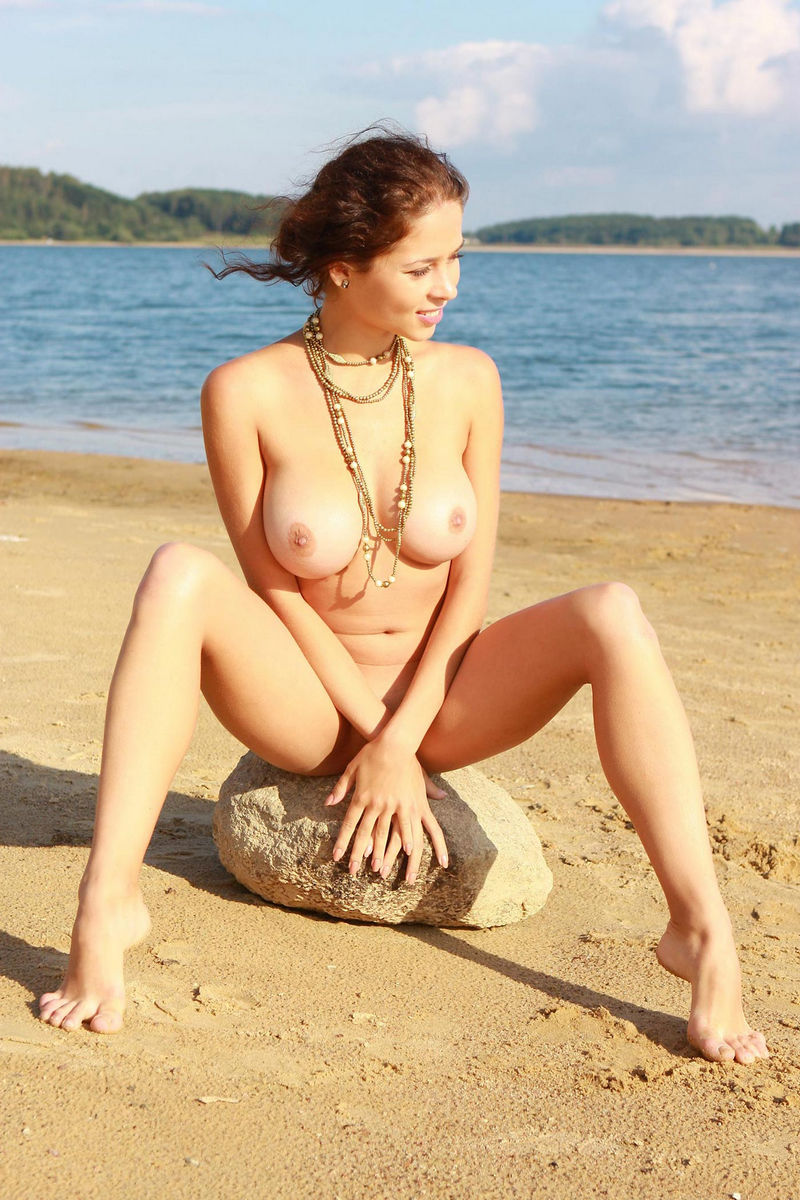 Naked Girl With Great Big Boobs Posing At The Lakes Beach -7243