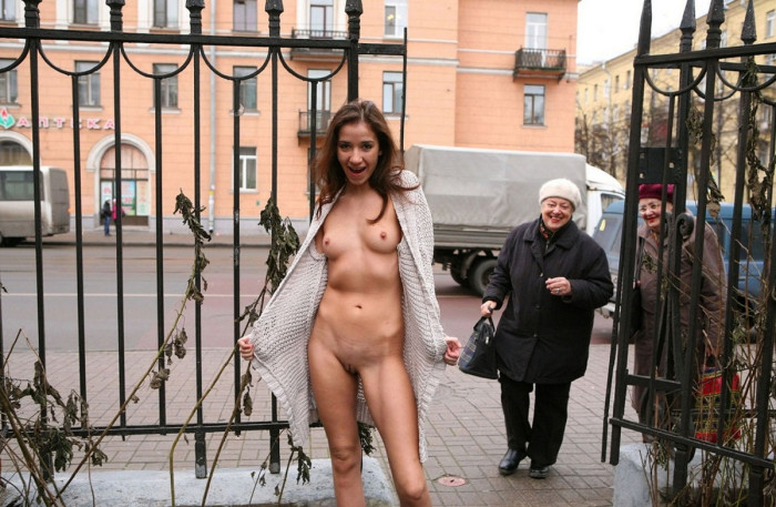 Russian redhead milf loves to show her body at public