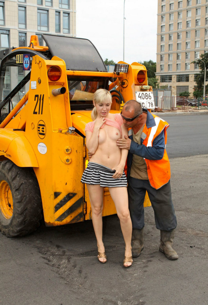 Naked girls touched in public opinion