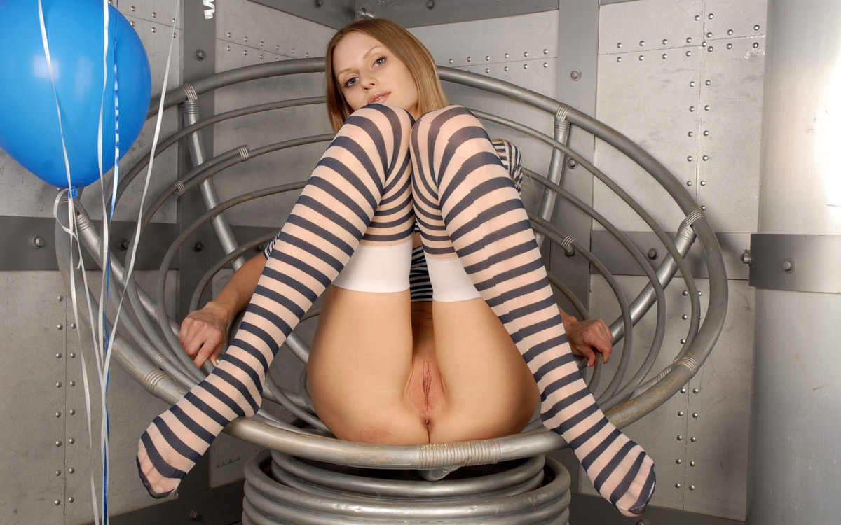 Slim Girl In A Striped Dress Shows Shaved Pussy  Russian -1714
