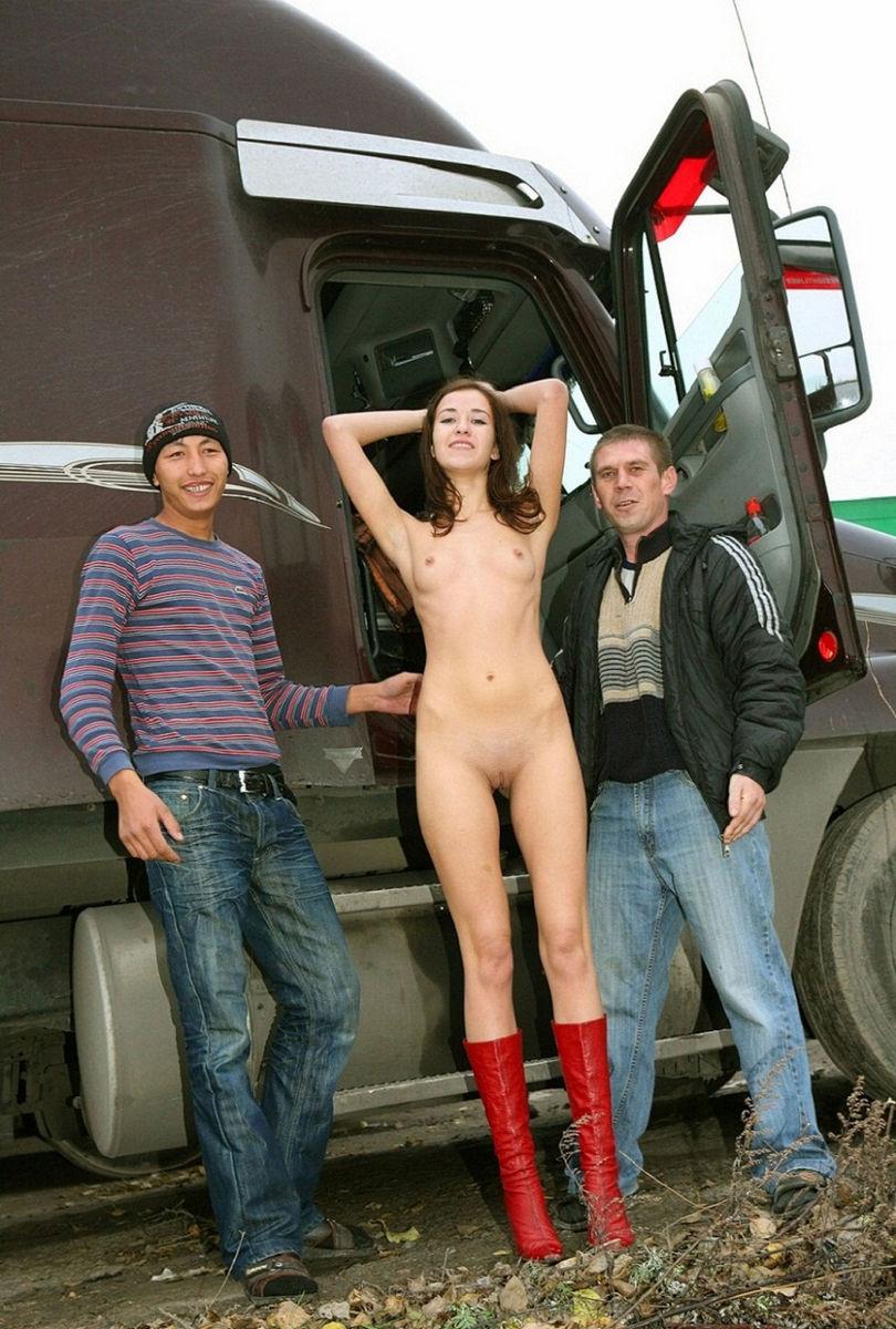 дальнобойщиками проститутка с