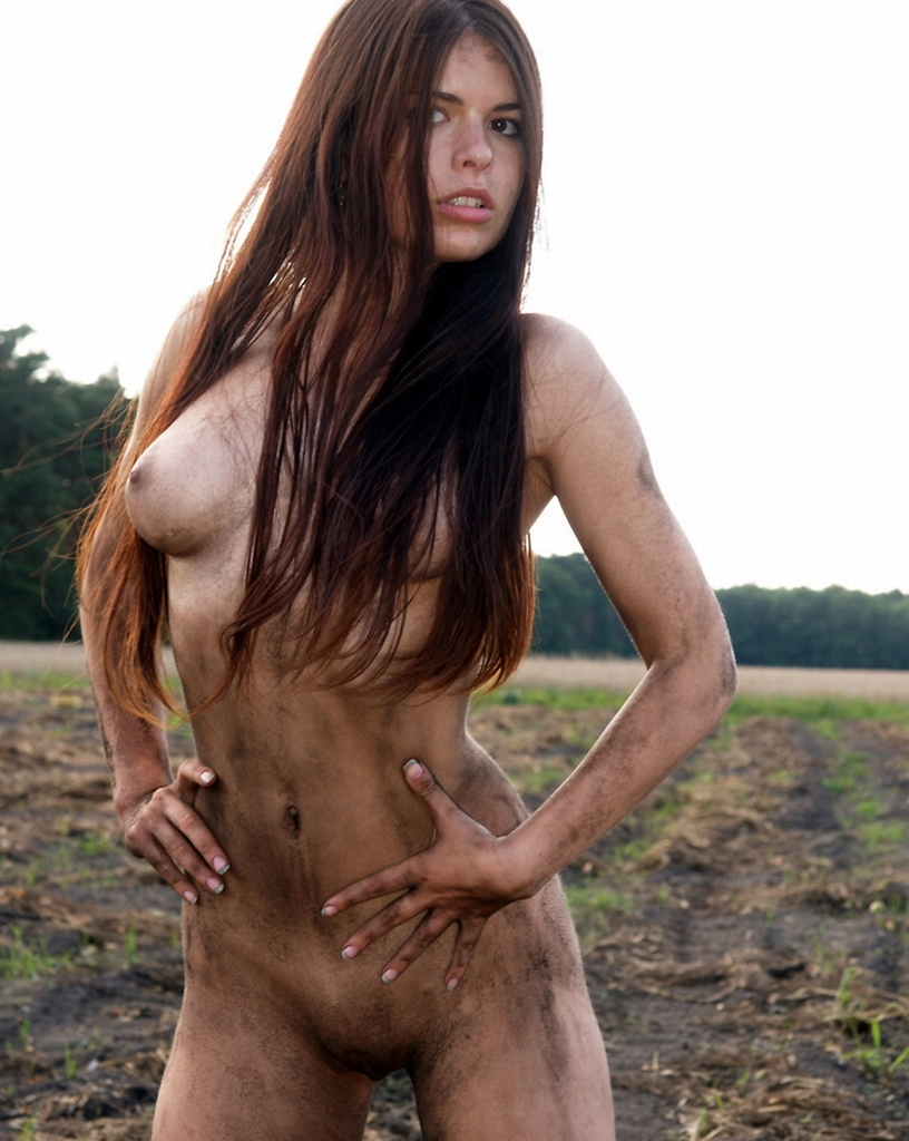 Busty Brunette With Perfect Body In Mud  Russian Sexy Girls-9099