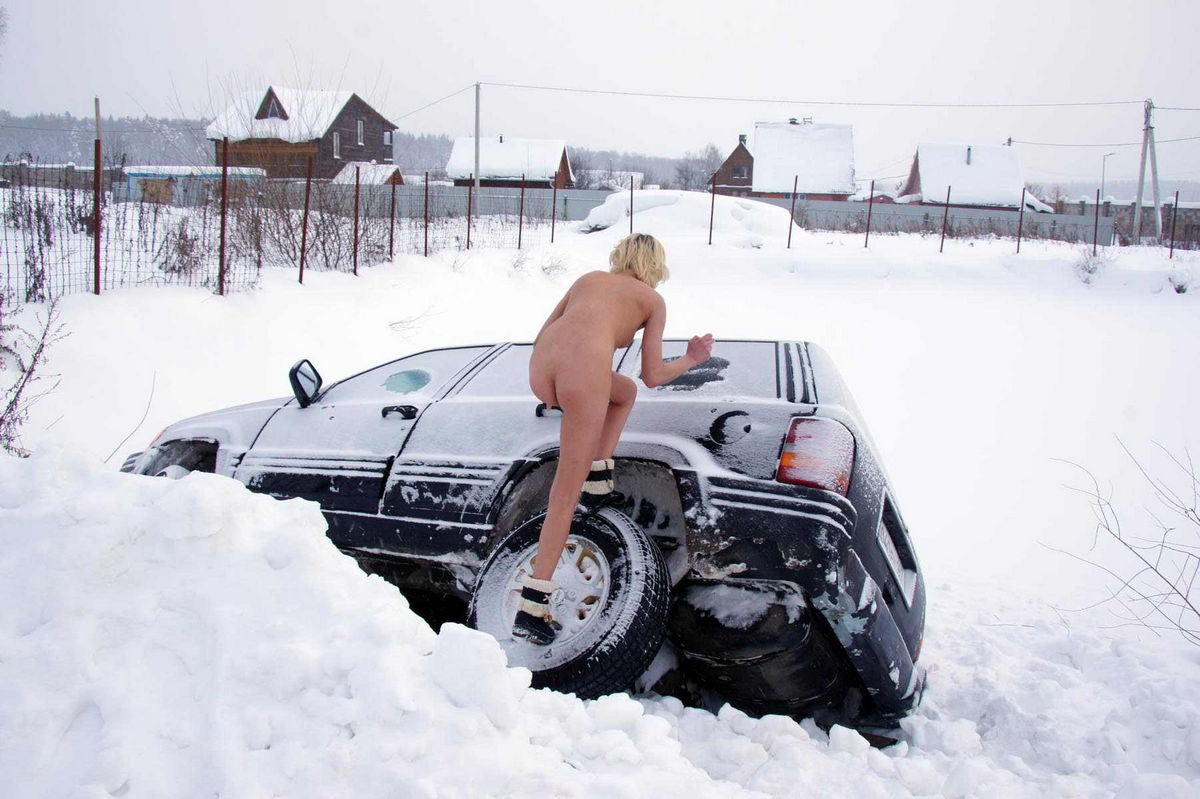 Russian models accident on race car 9
