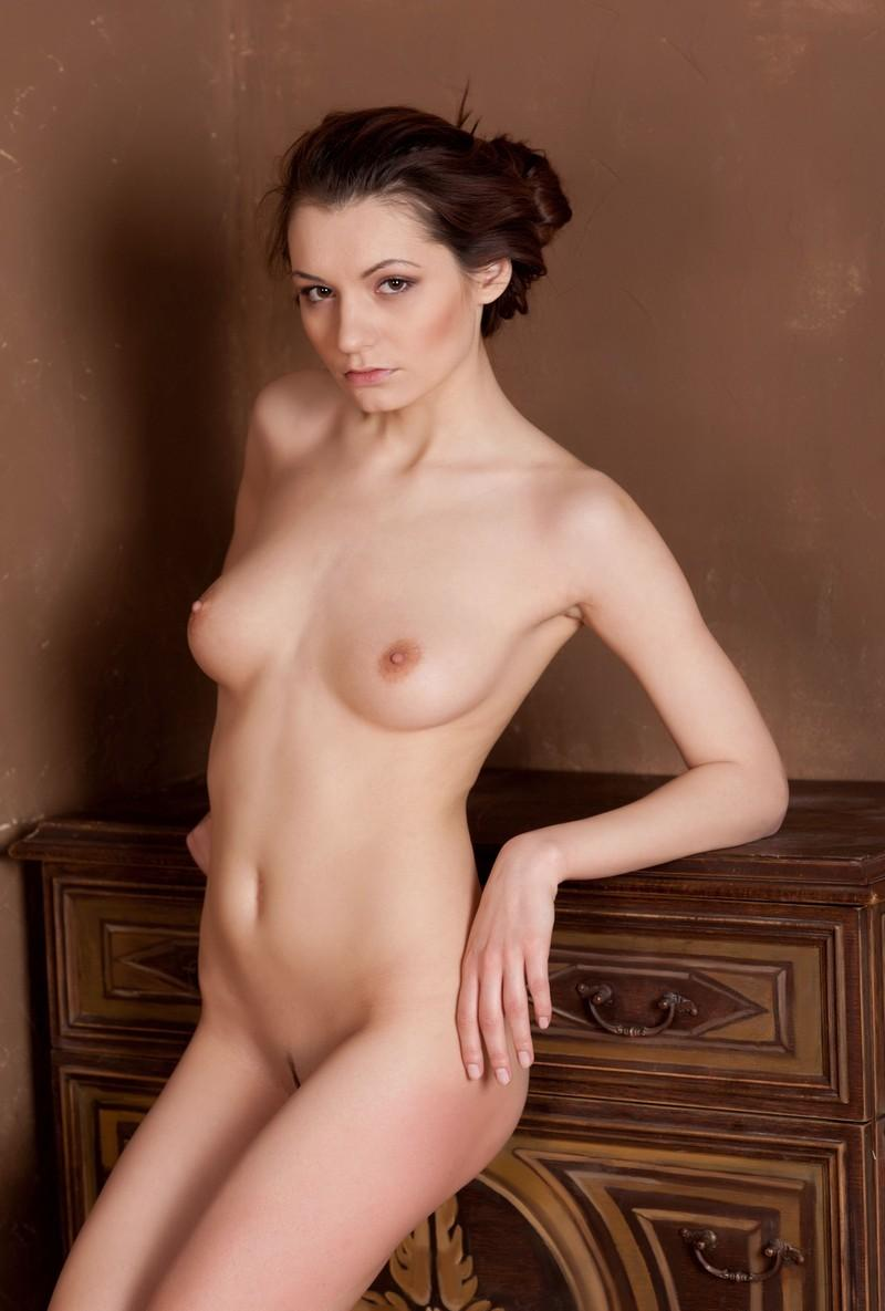 Naked Girl Is Photographed Near The Old Dresser  Russian -9681