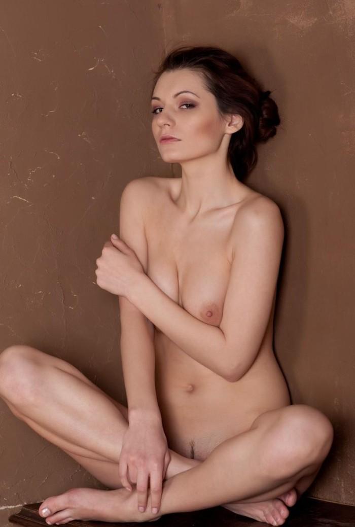Эротические фотосеты Leila A