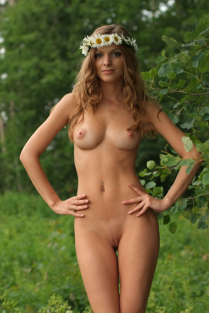 totly nude russian girl