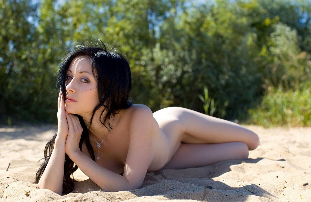 Hottest girl sex beach beautiful
