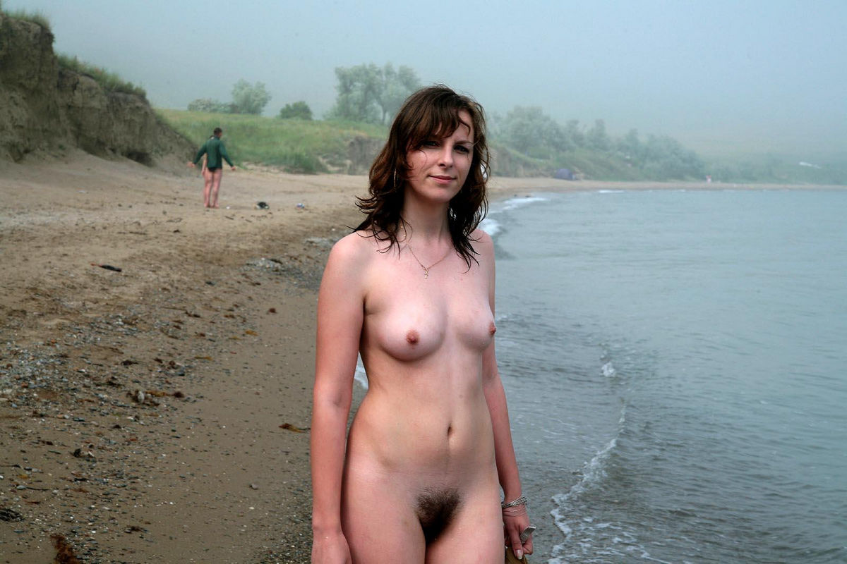 nude french girl bush