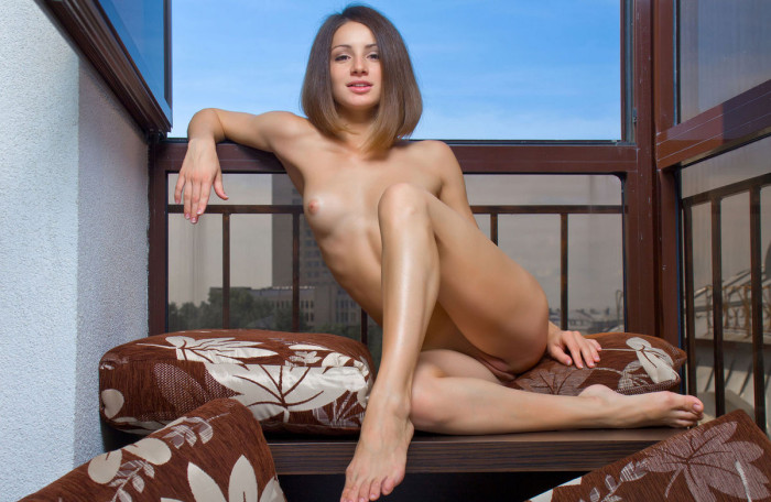 Hot russian girl with young body and yummy feet