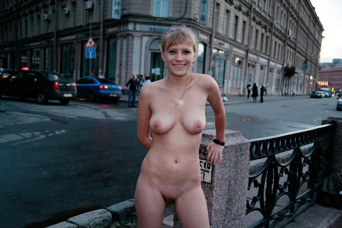 horny women in thongs