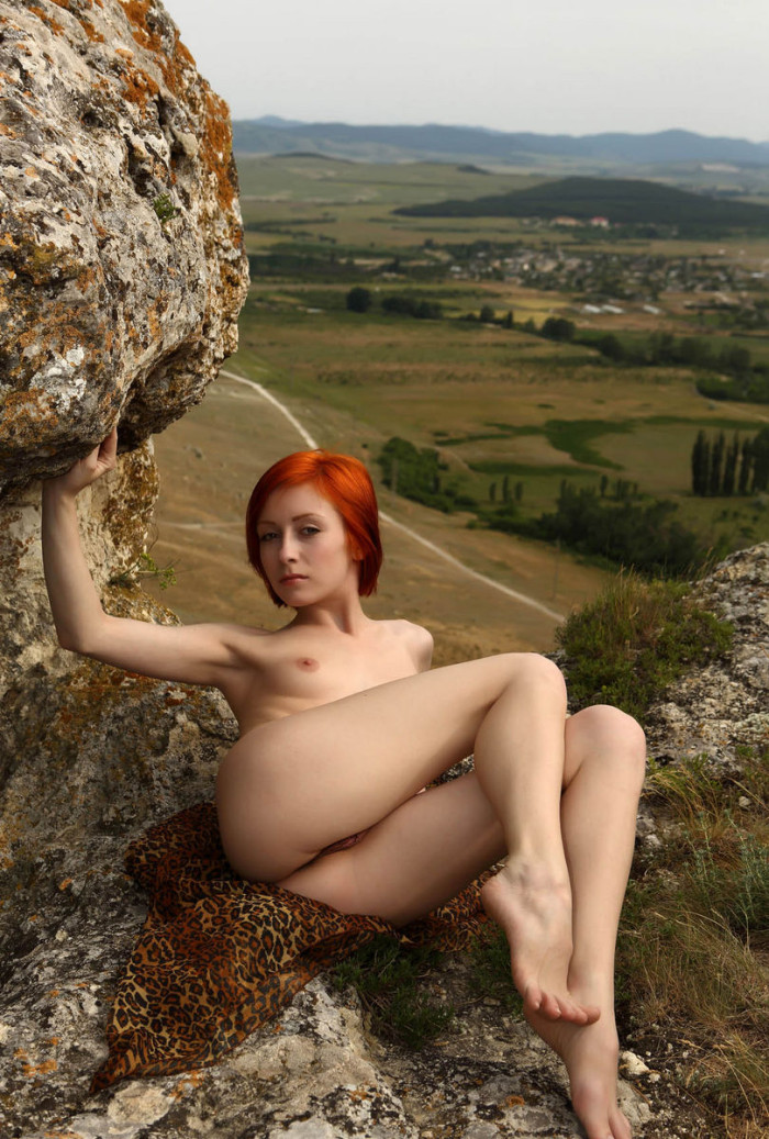 Naked Red-Haired Woman On Top Of A Sheer Cliff  Russian -4908