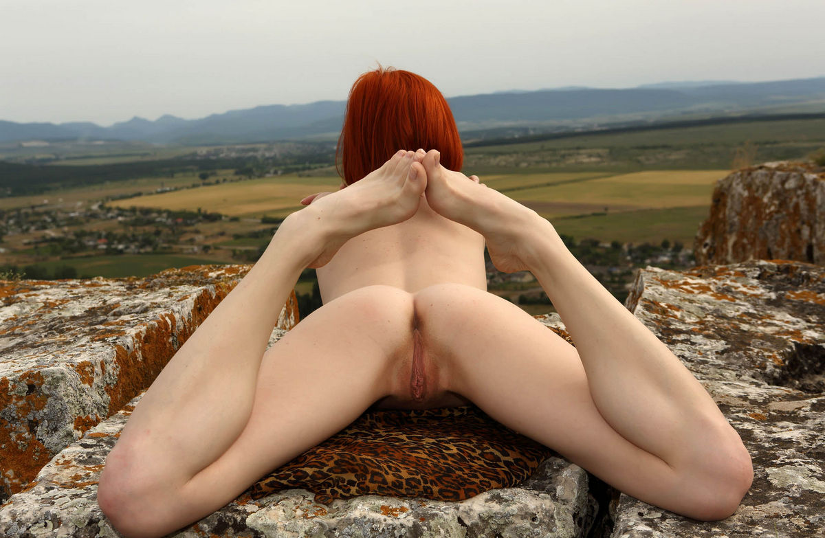 Naked Red-Haired Woman On Top Of A Sheer Cliff  Russian -4475