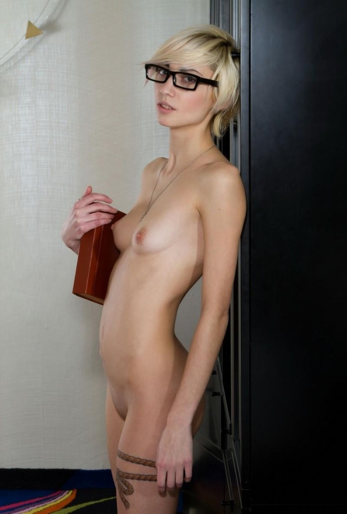 Fragile Blonde With Small Tits Loves To Read Without Clothes  Russian -7956