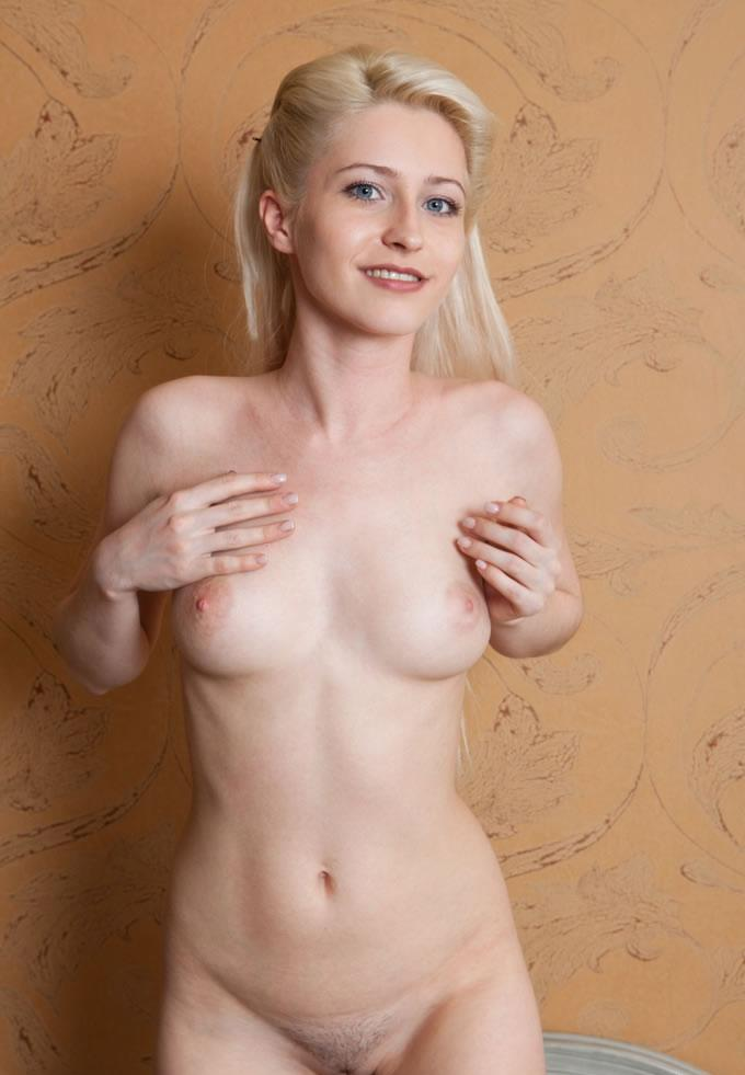 from Braeden little nude girls smile