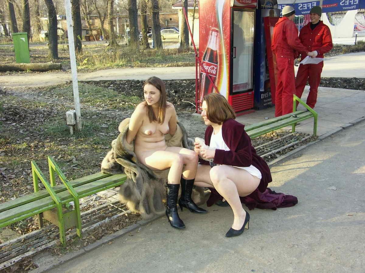 masturbatsiya-v-obshestvennom-meste-video