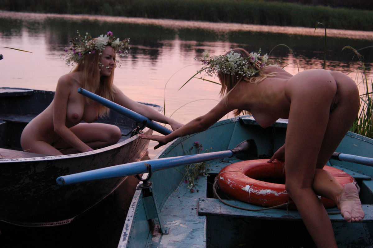 Two Amateur Girls With Big Boobs And Sporty Body Posing In Boat  Russian Sexy Girls-4056
