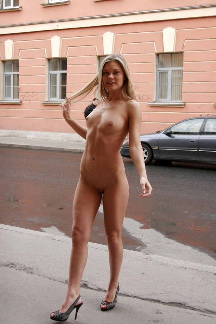 Naked and beautiful girls-1022