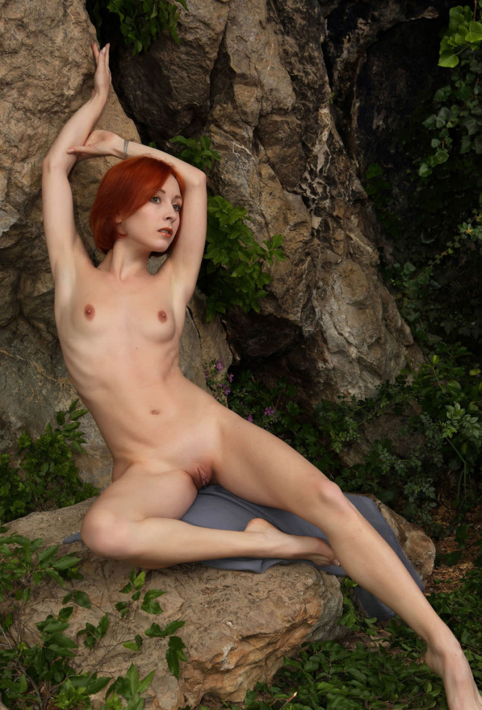 Red-Haired Beauty With Huge Pussy Under A Rock  Russian -7787