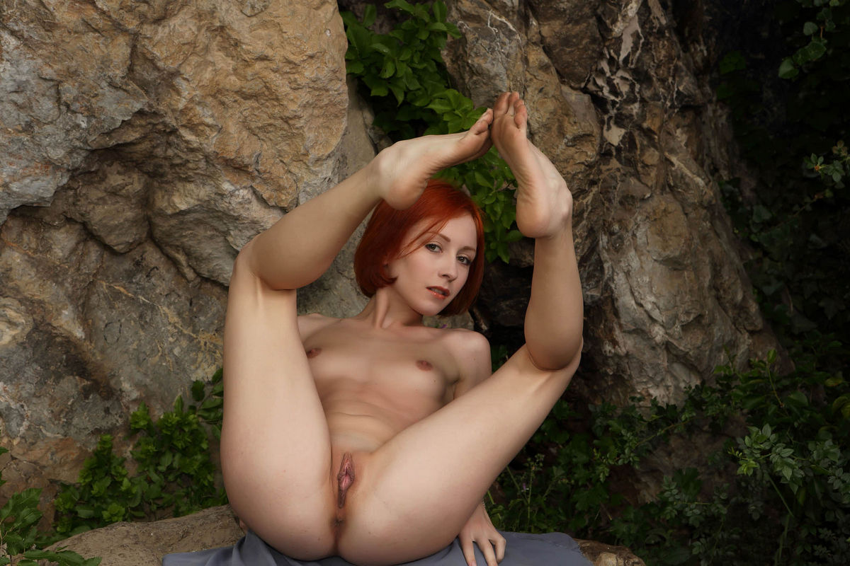 red haired beauties hot