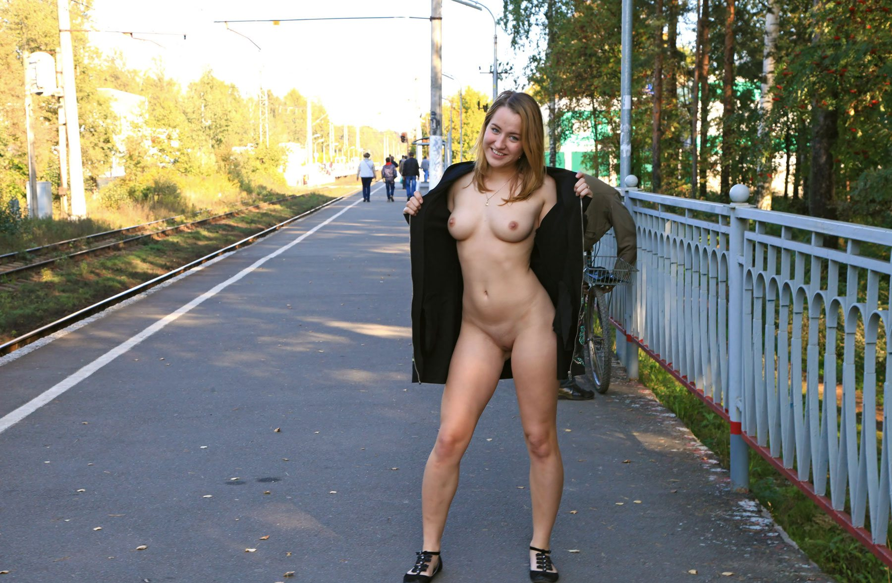 sexiest girl almost nude photos