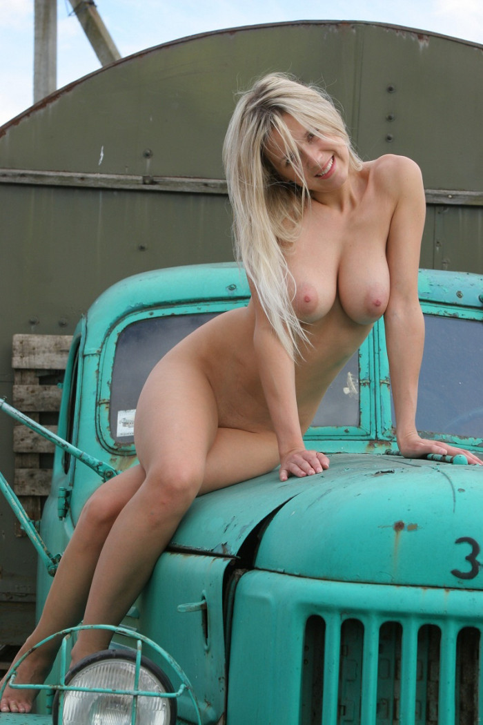 Final, old trucks and hot nude girls