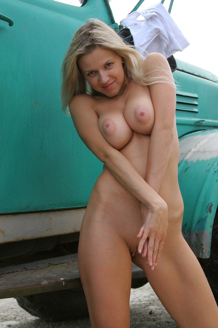 Hot busty women hot naked men