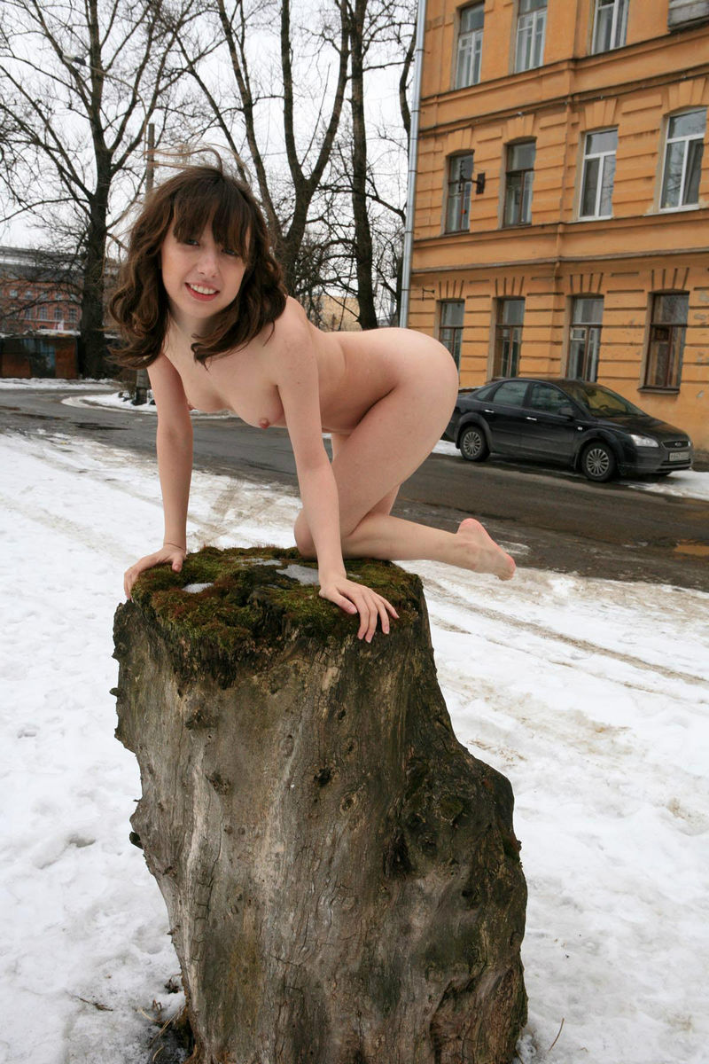 Winter Photoshoot Girl On The Stump  Russian Sexy Girls-7989