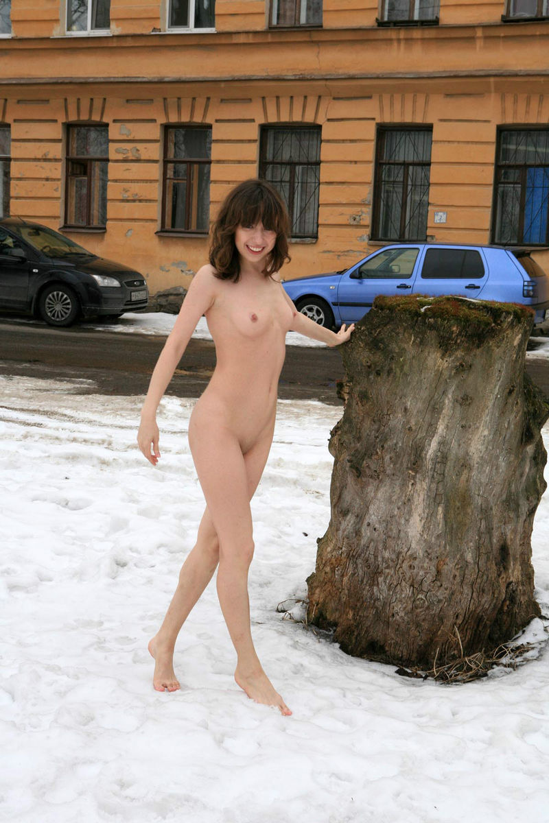 Winter Photoshoot Girl On The Stump  Russian Sexy Girls-5429