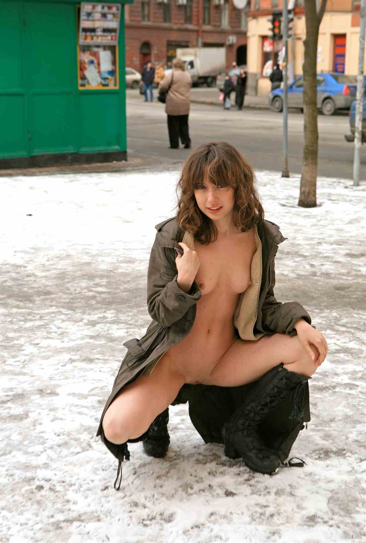 nude funny pic of young girls