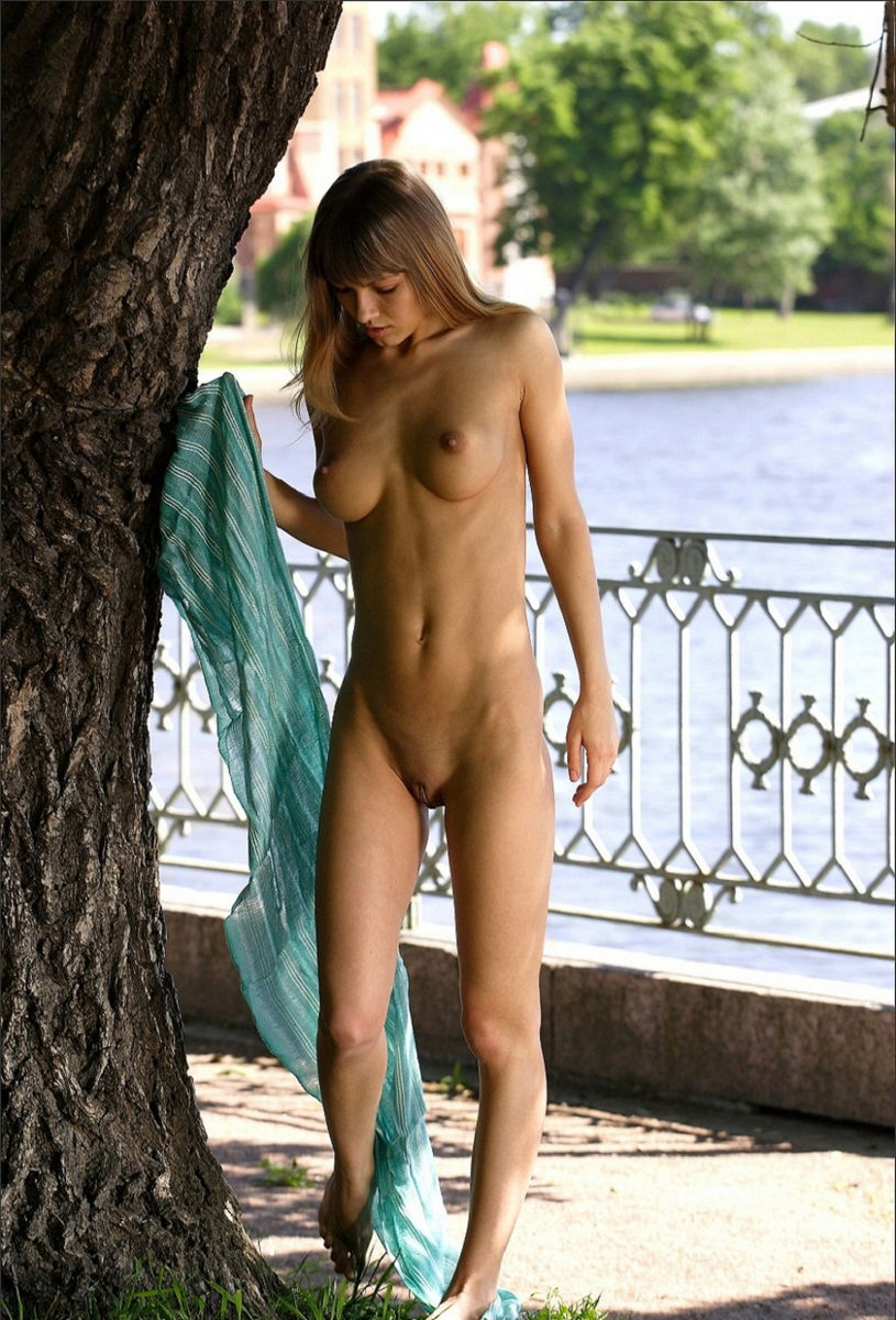 Sexy girls tied up naked-8807