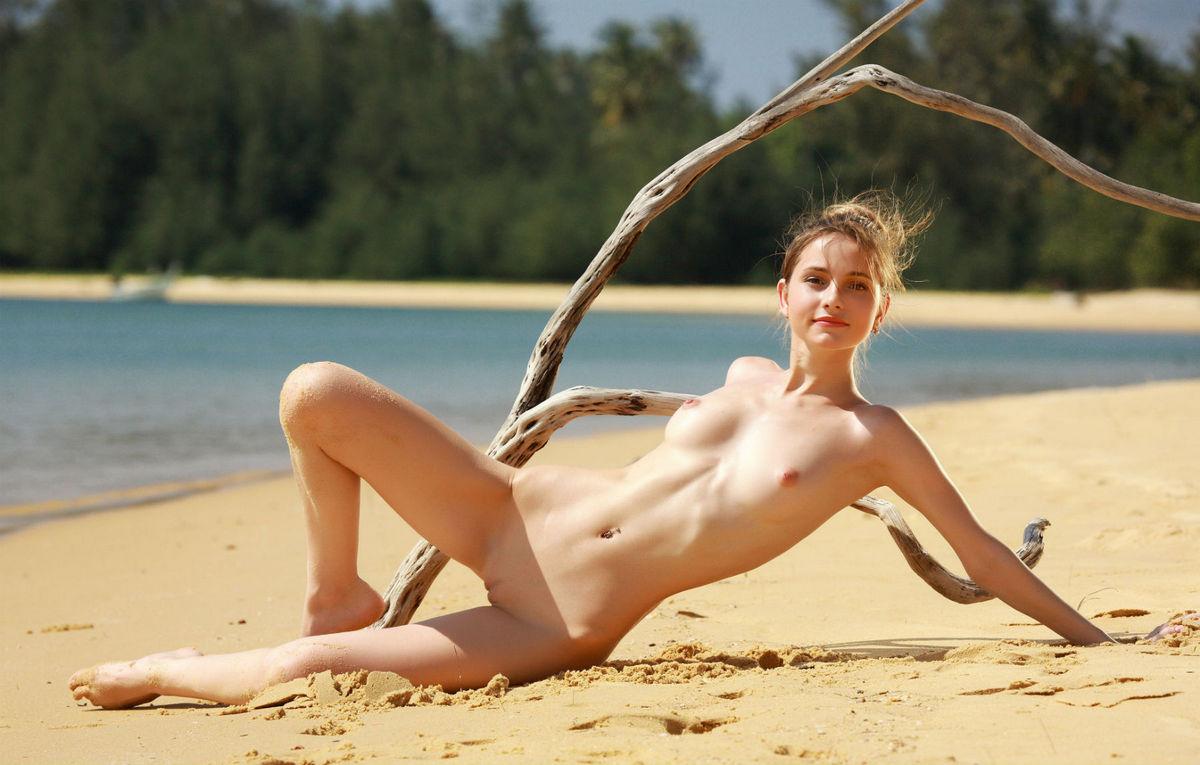 Meet beautiful russian woman and felt