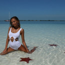 Sexiest teen Mango A posing with seastars