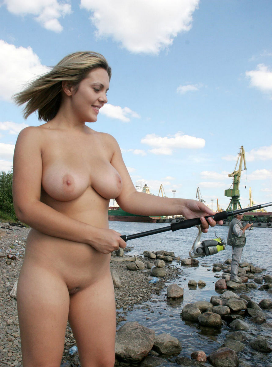 Vey Busty Blonde Goes Fishing Naked At City Pier  Russian -5006