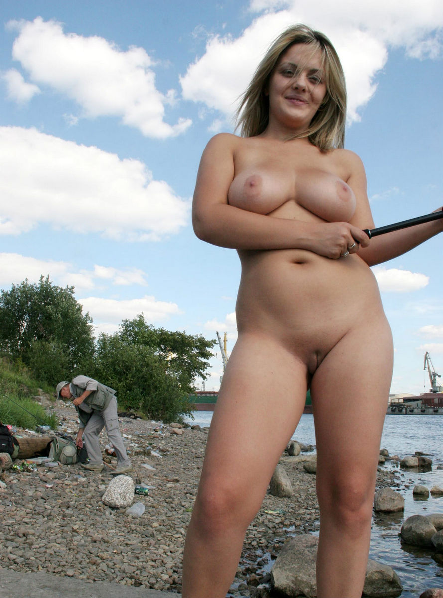 Fishing and naked women
