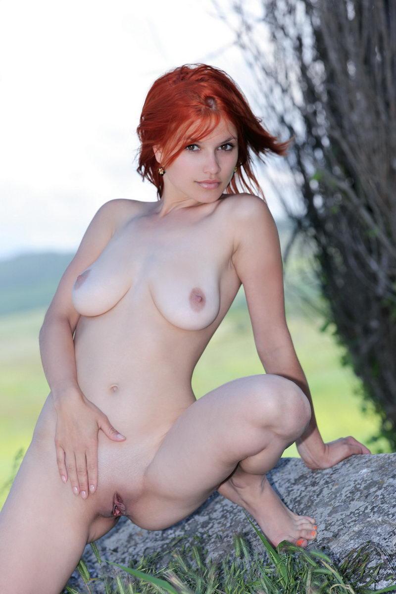 Curvy girls posing nude suggest you