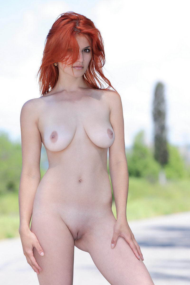Busty Violla A Posing Naked Outdoors  Russian Sexy Girls-4793